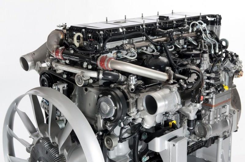 Mercedes ofera noul motor BlueEfficiency Power 2012 OM 93x