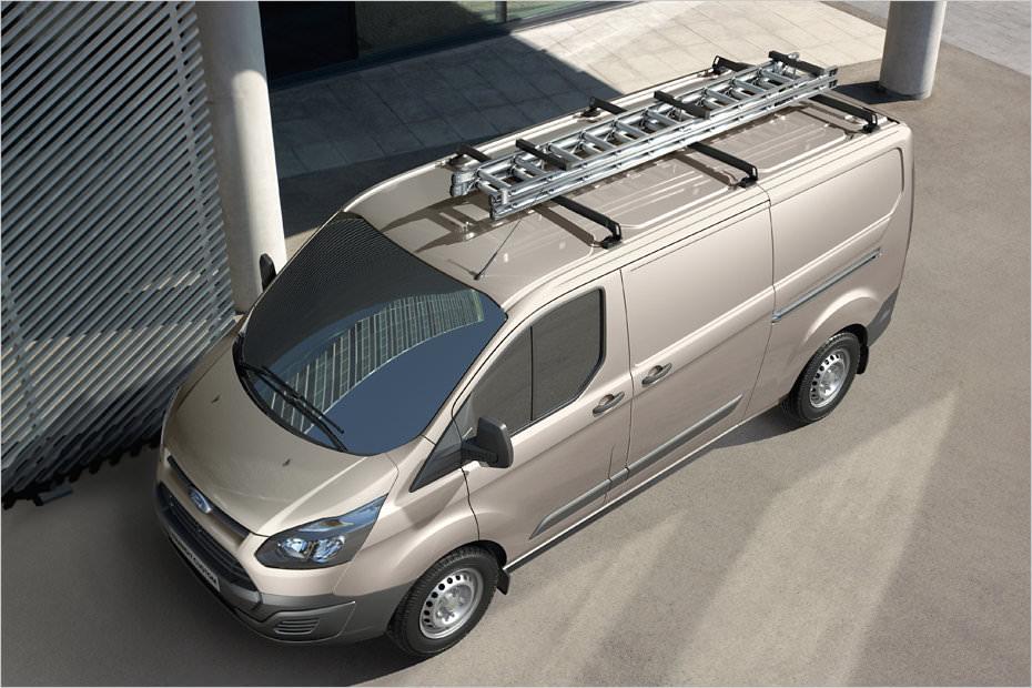 Totul despre noul Ford Transit Tourneo 2012-Imagini si date tehnice