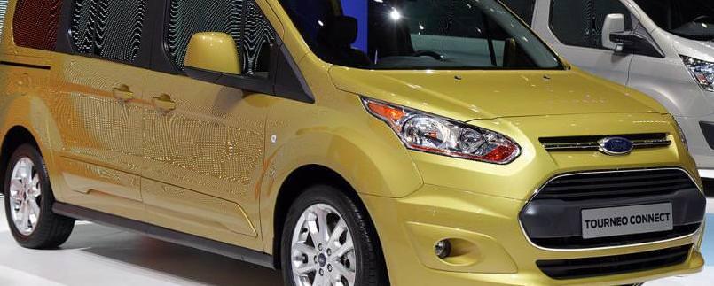 Ford prezinta gama Transit Tourneo Courier, Tourneo Connect si Tourneo Grand Connect 2013
