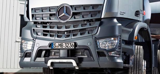 Mercedes prezinta noile Arocs si Atego la Bauma Munchen 2013
