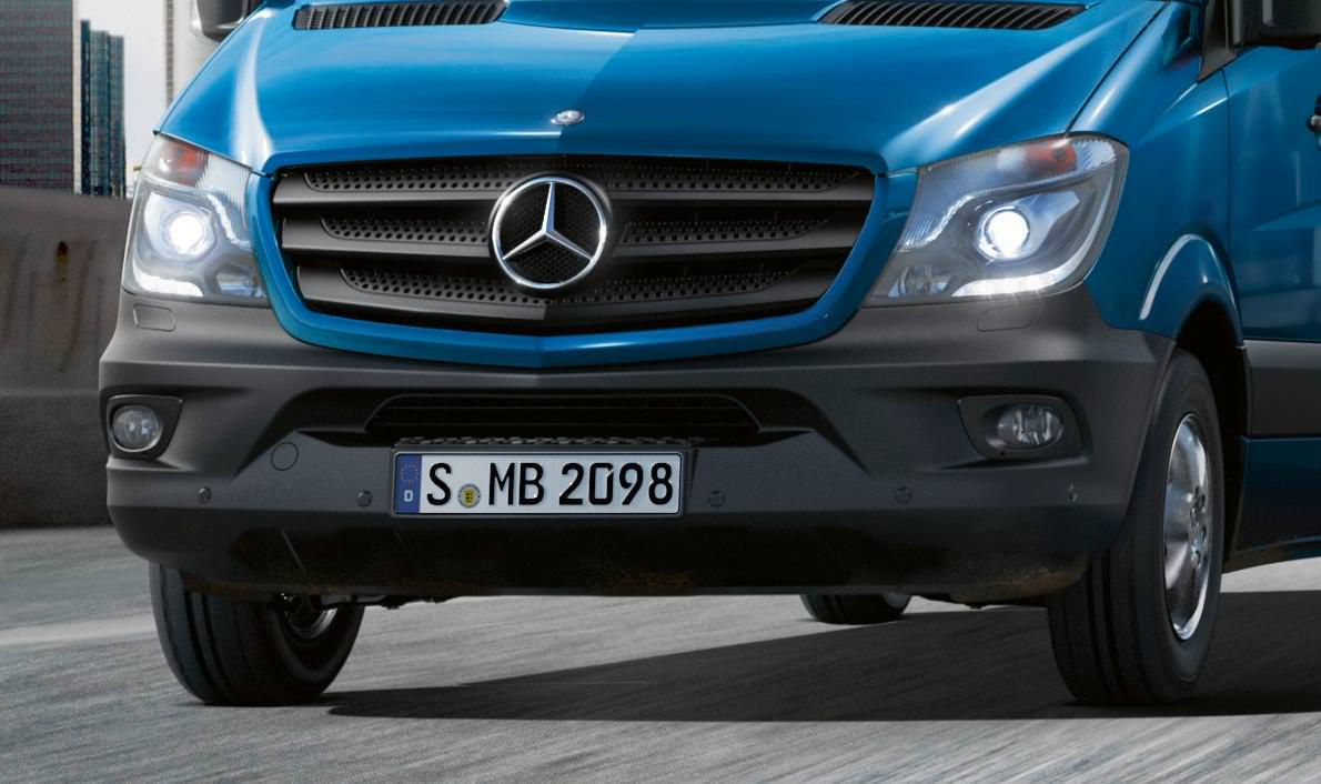 World premiere of the new Mercedes Benz Sprinter facelift 2013