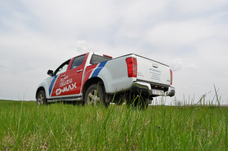 VIDEO-Test Drive cu noul Isuzu D-Max Twin Turbo 2013