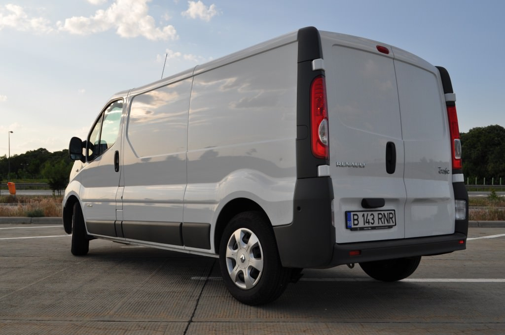 test drive renault trafic 2.0 dci 2013 (12)