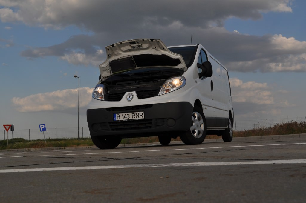 test drive renault trafic 2.0 dci 2013 (7)