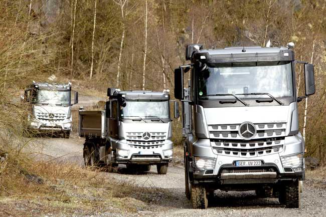 Mercedes Benz Romania sustine centenarul Cercetasii Romaniei 2013