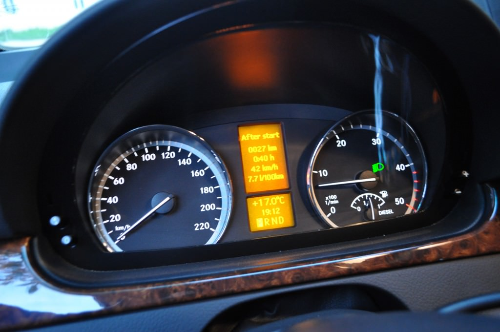 test drive mercedes viano v6 cdi 2013 (91)