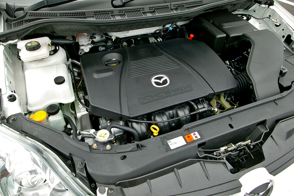 Mazda_LF-DE_Engine_002