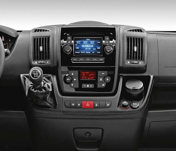 Noul Sprinter 2018 >> Imagini si date tehnice cu noul Peugeot Boxer 2015 | WHATTRUCK