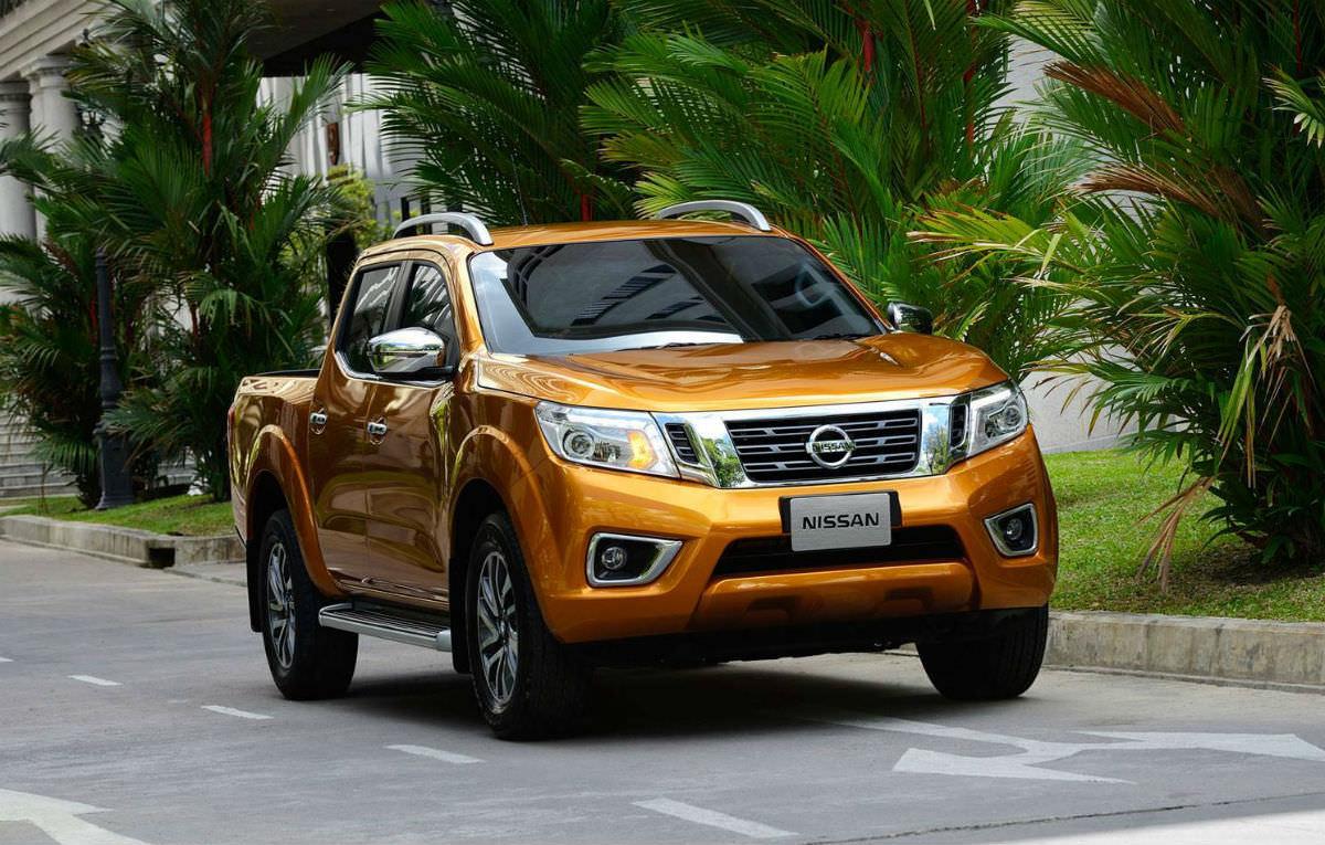 Nissan prezinta in premiera noua generatie de utilitare Navara NP300 2015