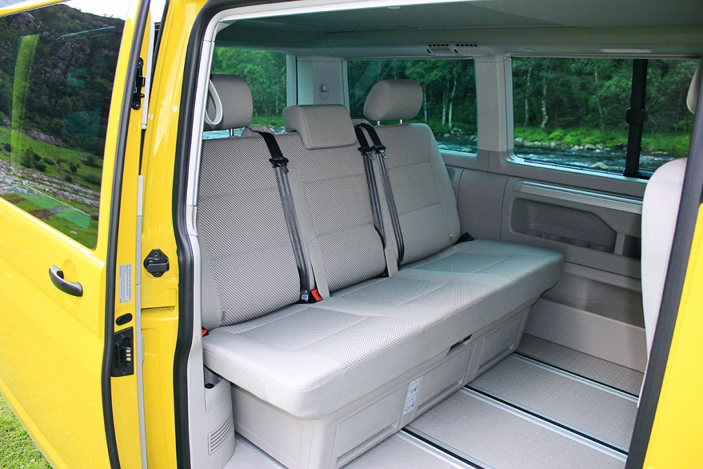imagini cu noul vw california beach t6 2 0 tdi 2015 whattruck. Black Bedroom Furniture Sets. Home Design Ideas