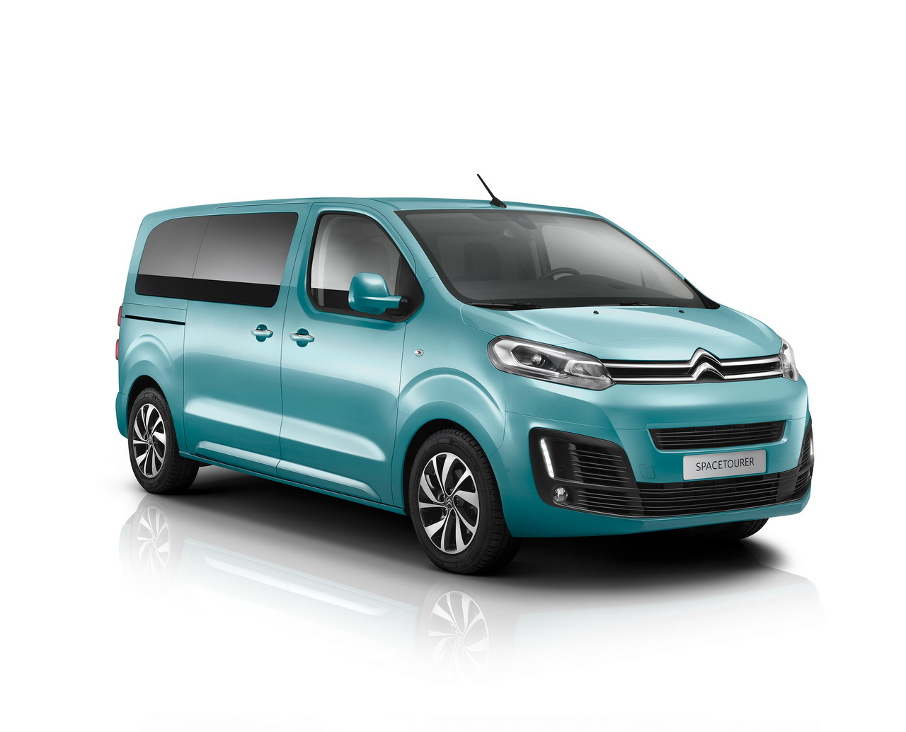 Citroen SpaceTourer 2016, imagini Citroen SpaceTourer 2016, date tehnice Citroen SpaceTourer 2016, motor blue hdi Citroen SpaceTourer 2016, 0-100 km/h Citroen SpaceTourer 2016, pret Citroen SpaceTourer 2016, lansare Citroen SpaceTourer 2016, test drive Citroen SpaceTourer 2016, dirve test Citroen SpaceTourer 2016, consum Citroen SpaceTourer 2016 2.0 blue hdi 180 cp, cutie automata Citroen SpaceTourer 2016