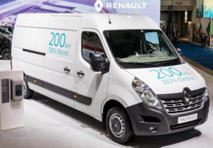 Renault MASTER Z.E. autonomie, consum Renault MASTER Z.E., pret Renault MASTER Z.E., timp incarcare Renault MASTER Z.E., pret Renault MASTER Z.E., iveco new daily vs Renault MASTER Z.E., vw crafter electric vs Renault MASTER Z.E., test drive Renault MASTER Z.E.