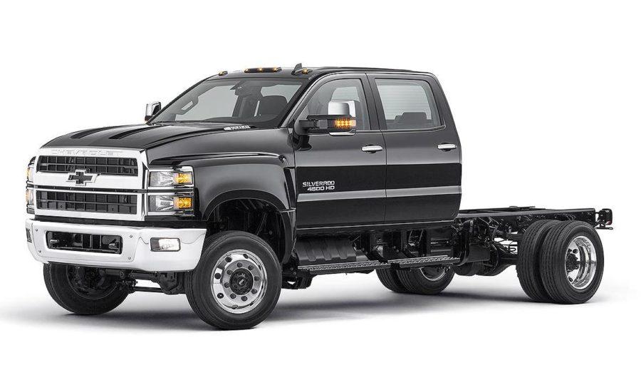 Chevrolet a prezentat camioneta  Silverado 4500HD de 10 tone echipata cu un diesel de 350 CP