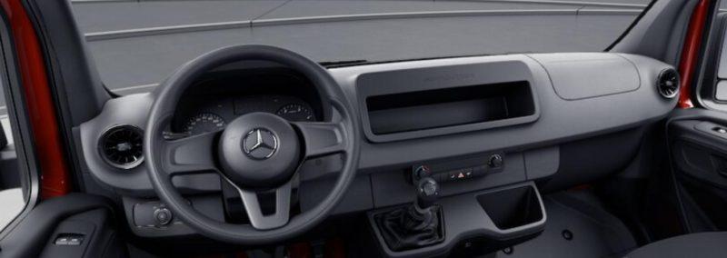 Am configurat noul Mercedes Benz Sprinter 211 CDI 2018! Masina nu are nici AC, guri de ventilatie si nici radio standard