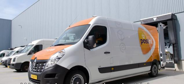 Posta Olandeza renunta la utilitarele diesel! Au introdus noile model Renault Master Z.E. Full Electric