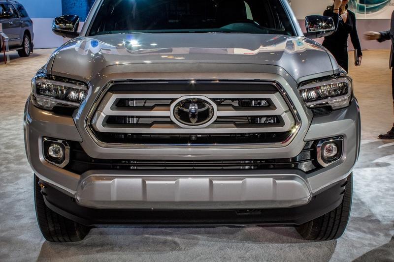 Toyota Tacoma 2019 primeste un facelift exterior