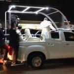 Suveran pontif Papa Francis isuzu dmax, isuzu papamobil 2019, masina noua papa francisc 2019, izusu dmax vizita romania, papa isuzu
