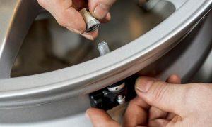 senzori presiune roti, autosoft senzori presiune 2020, pret senzori presiune roti , probleme senzori presiune roti, montaj senzori presiune roti, cum se monteaza senzori presiune autosoft, pret autosoft tyre pressure