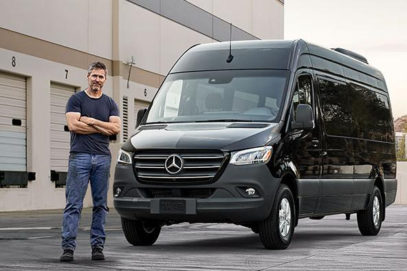 Mercedes a inceput sa vanda modelul Sprinter cu un motor pe benzina 2.0 Turbo 188 CP 9G-Tronic