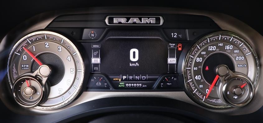 Dodge RAM 1500 Longhorne ZF8 2020, test drive Dodge RAM 1500 Longhorne ZF8, drive test Dodge RAM 1500 Longhorne ZF8, consum Dodge RAM 1500 Longhorne ZF8, pret Dodge RAM 1500 Longhorne ZF8, review Dodge RAM 1500 Longhorne ZF8