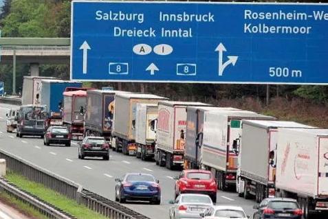 sofer tir probleme ungaria, sofer tir probleme austria, politie austria restrictii, politie gemania restrictii covid19, coronavirus 2020 sofer camionue, probleme tranzit camion ungaria 2020